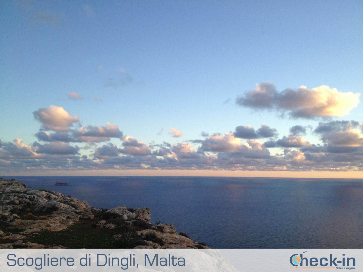Tramonto su Malta ammirato alle Dingli Cliffs