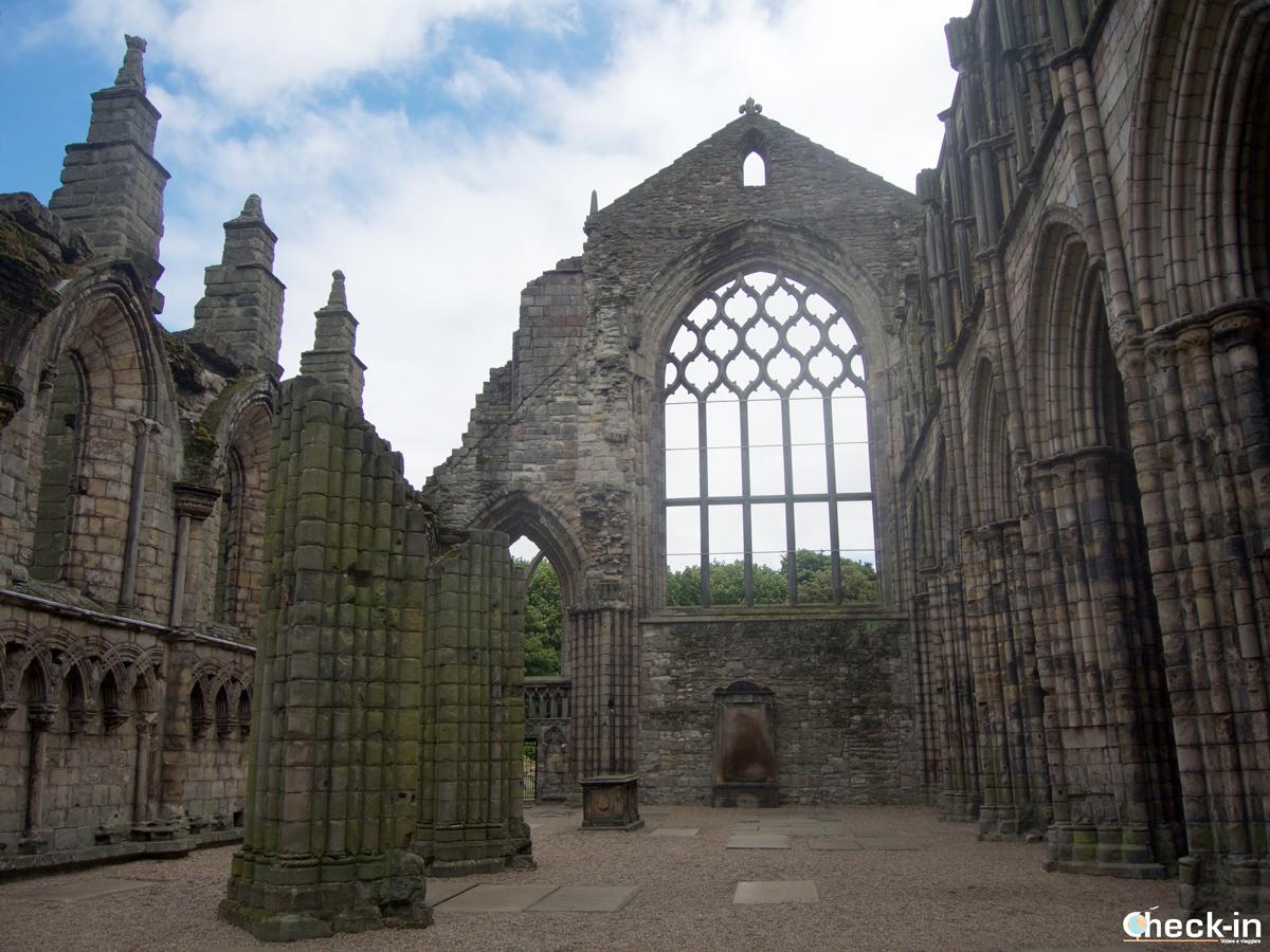 Cosa vedere a Edimburgo: le rovine di Holyrood Abbey