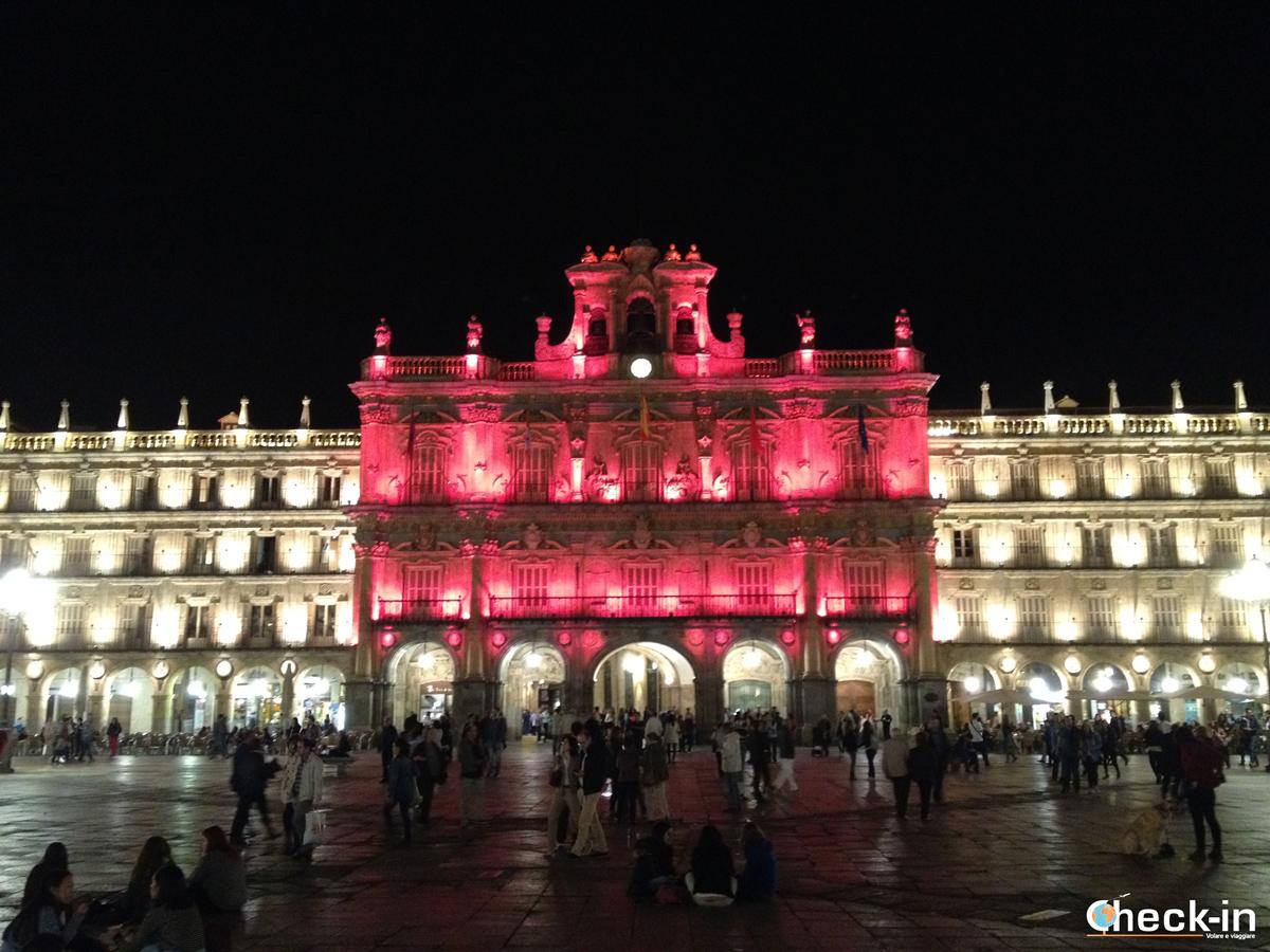 Weekend a Salamanca: Plaza Mayor by night