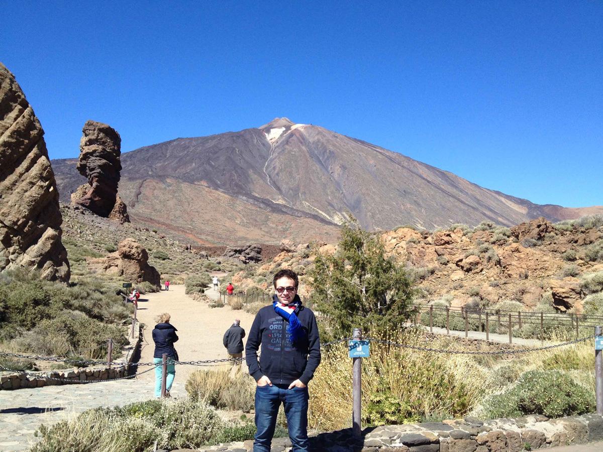 Stefano, ossia io, davanti al Teide a Tenerife