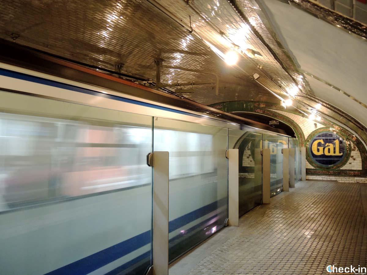 """Stazione-museo della metropolitana """"Chamberí"""" di Madrid (Spagna)"""