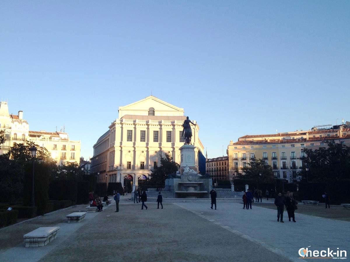 5 cose da fare a Madrid: Plaza de Oriente