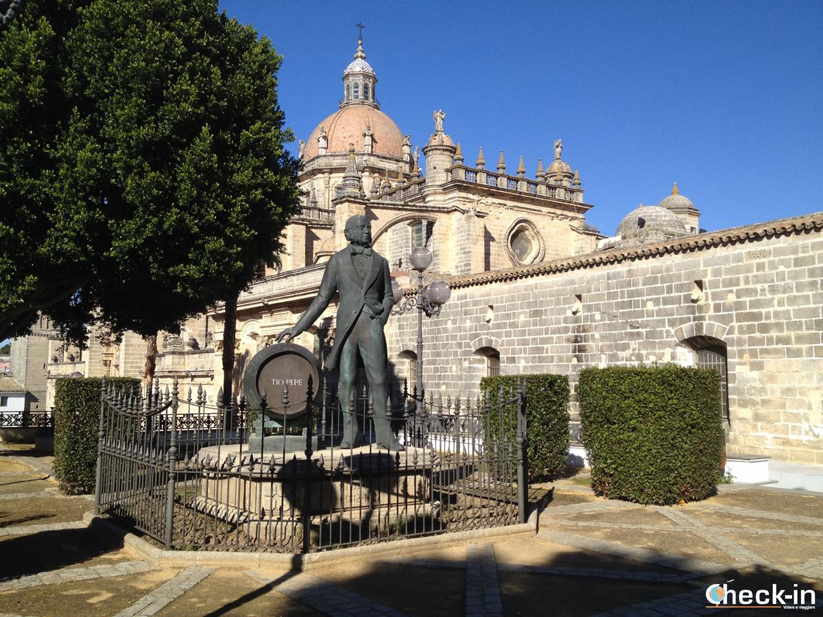 Il monumento a Manuel María González a Jerez de la Frontera