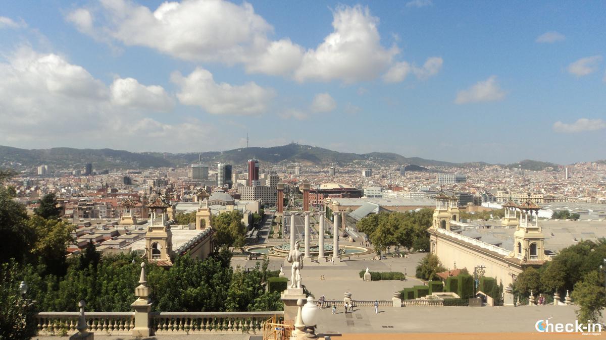 Vista di Barcellona dal Montjuic
