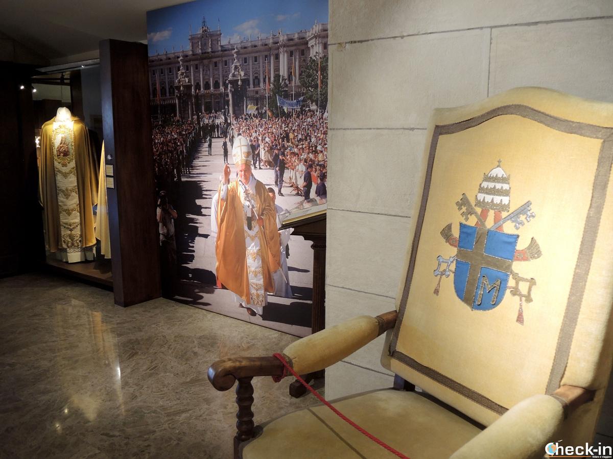Visita della galleria del Museo della Cattedrale dell'Almudena di Madrid
