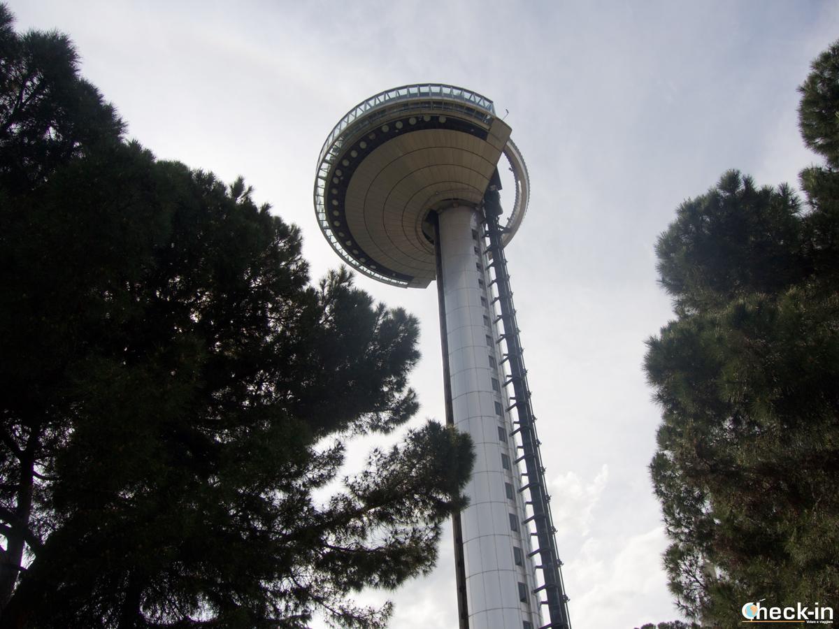 Il Faro de Moncloa da dove godere la vista panoramica di Madrid