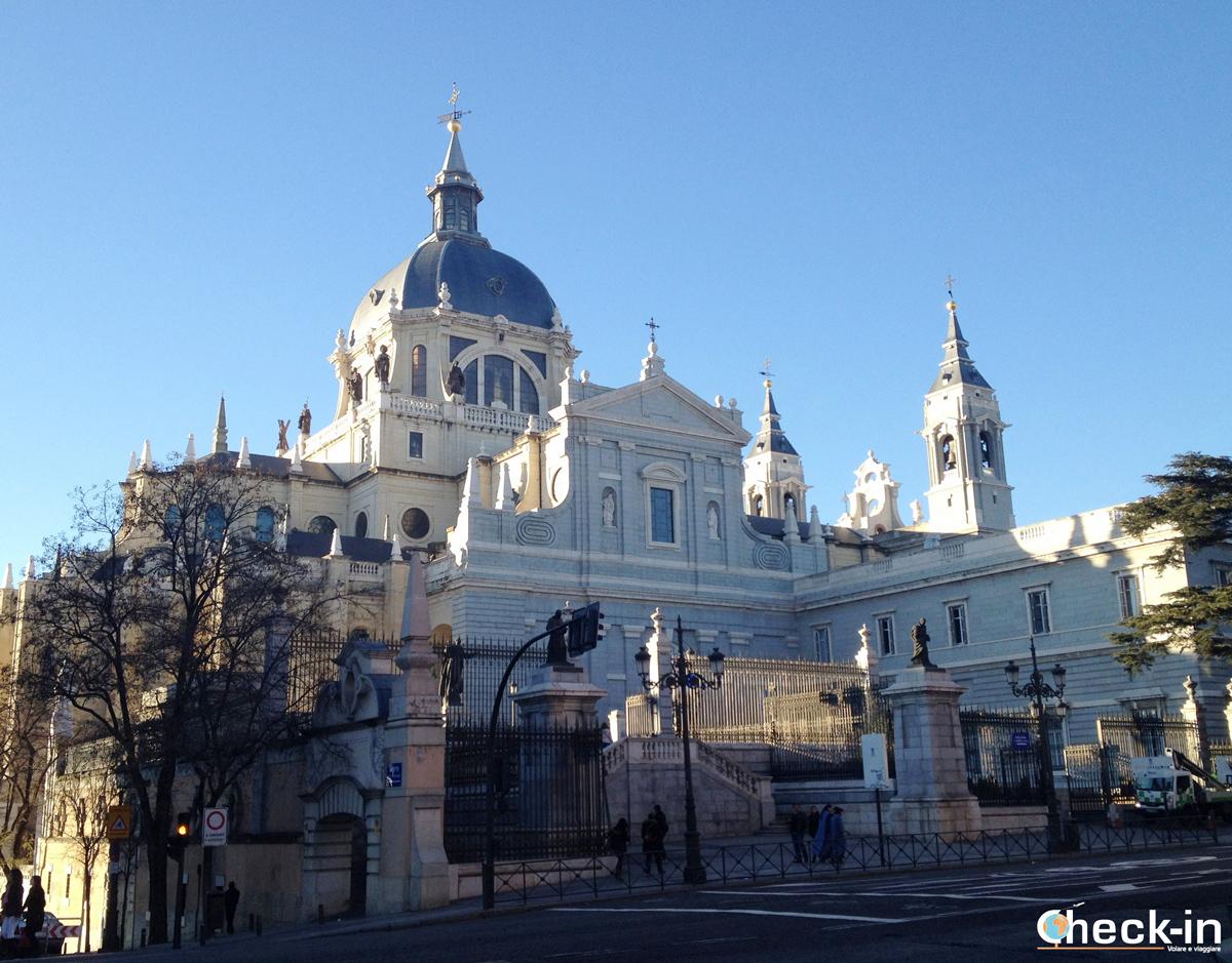 Cosa vedere a Madrid: la Cattedrale dell'Almudena