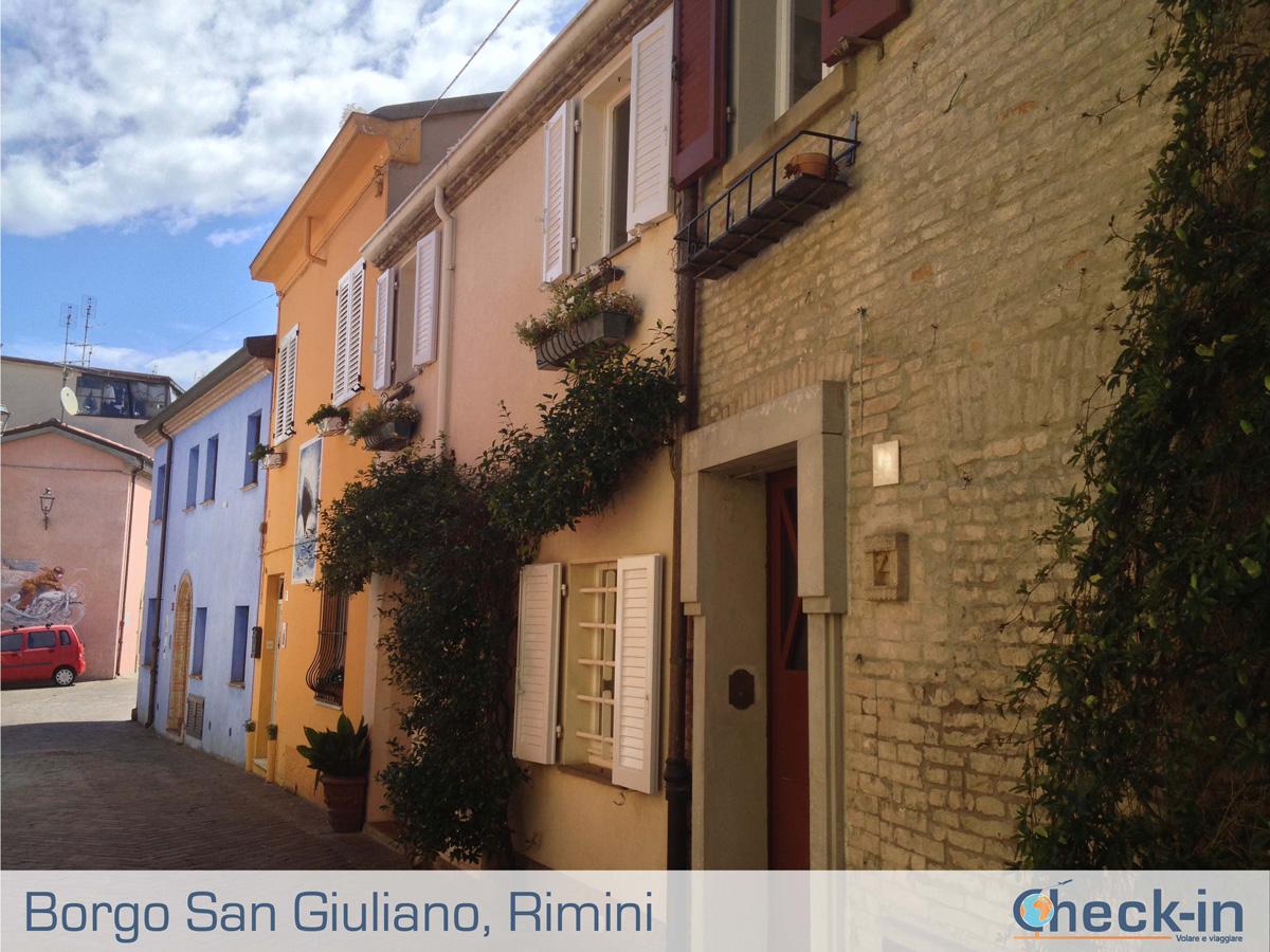 Borgo San Giuliano: le sue case