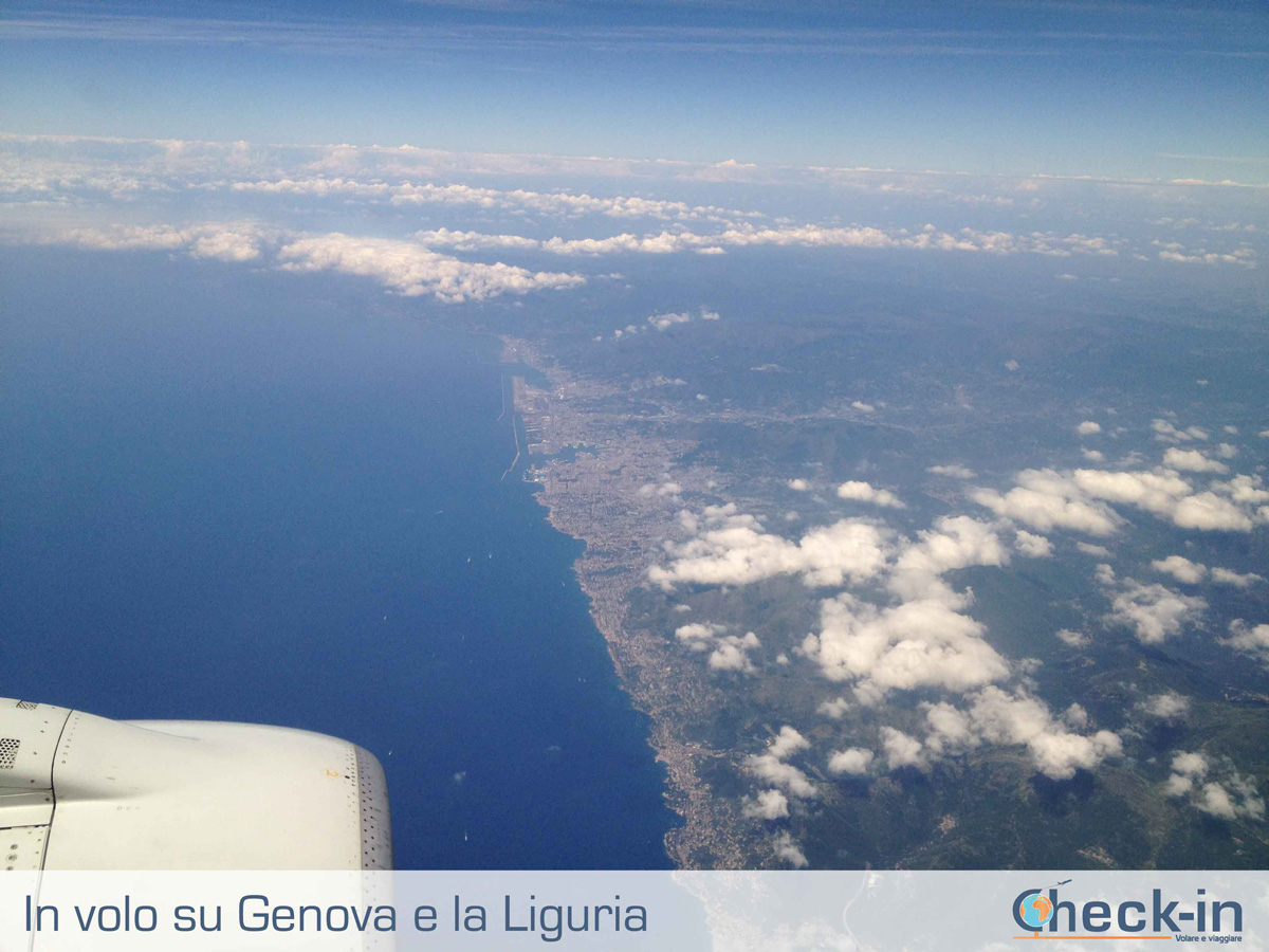 Da Milano a Cagliari, in volo sulla Liguria