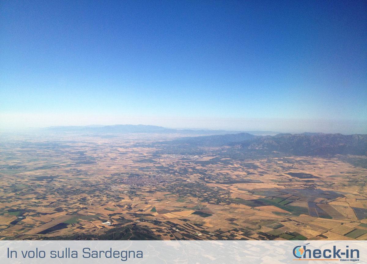 Da Milano a Cagliari, in volo sulla Sardegna