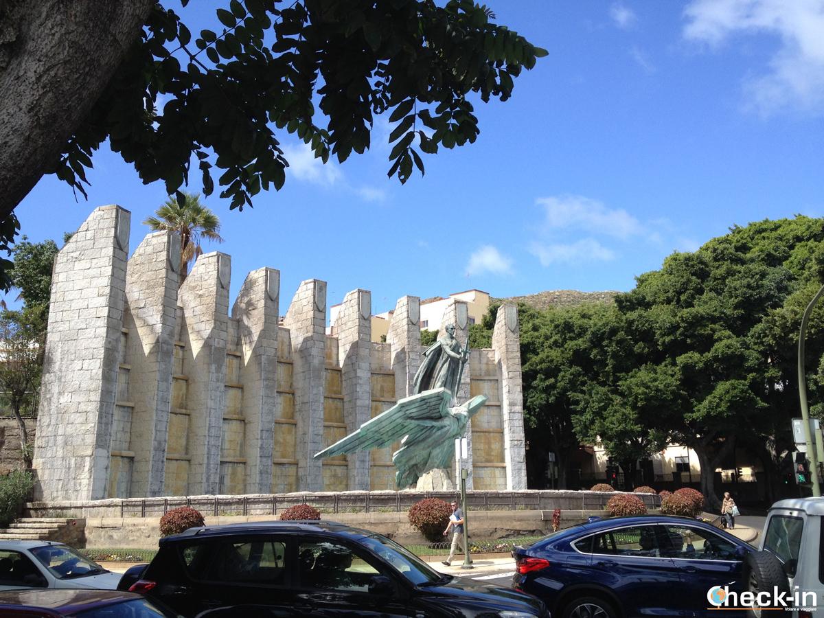 Il Monumento al Ángel Caído a Santa Cruz De Tenerife