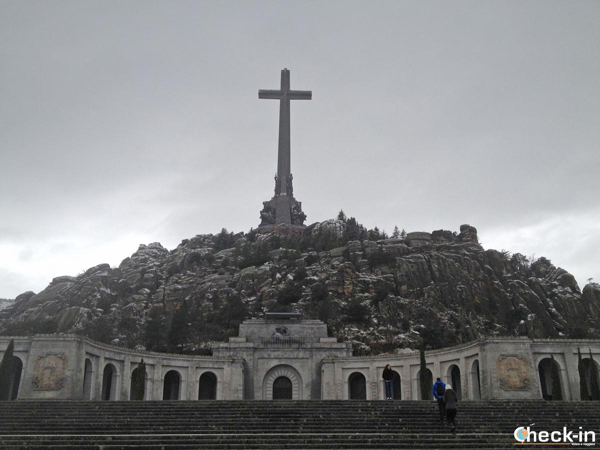 Valle de los Caídos: l'Abbazia con la S. Croce