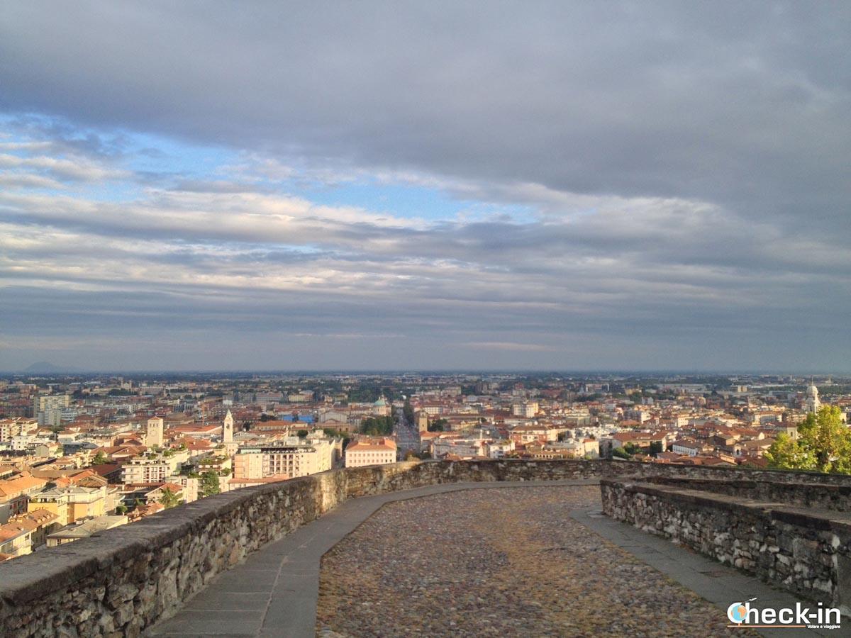 5 cose da vedere a Bergamo: tramonto sulla Città Bassa