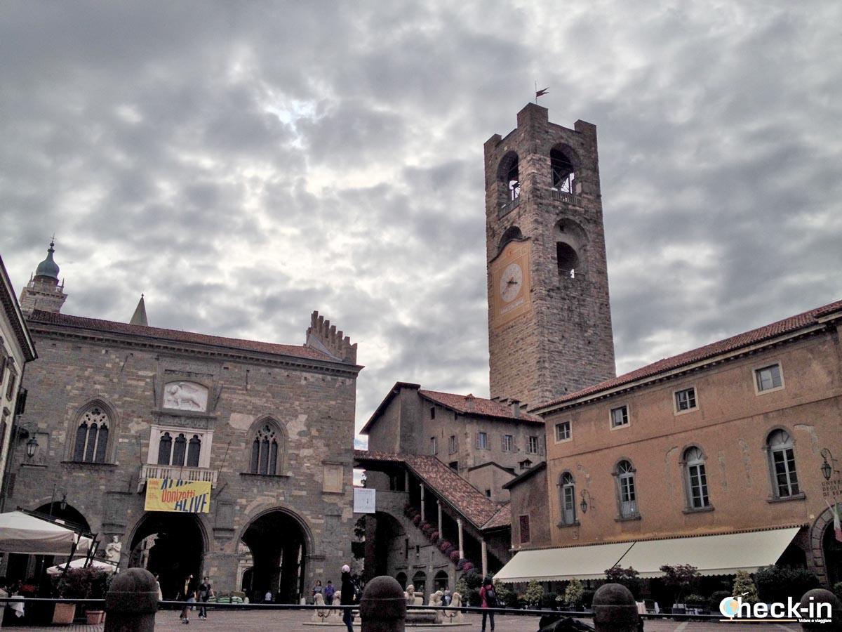 5 cose da vedere a Bergamo: palazzo della Ragione e Torre del comune
