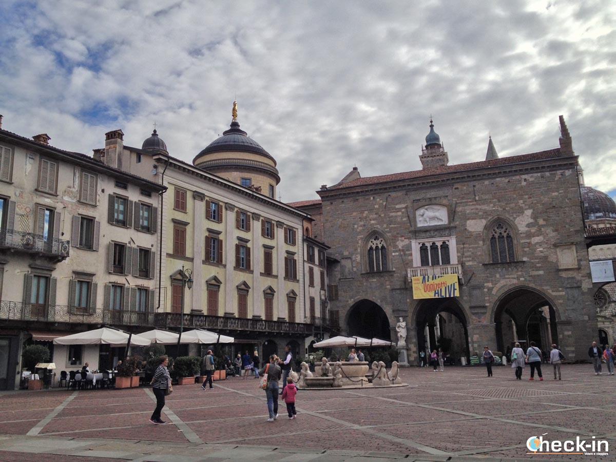 5 cose da vedere a Bergamo Alta: Piazza Vecchia