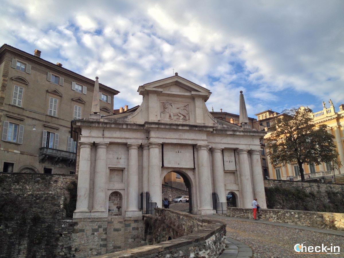 5 cose da vedere a Bergamo (Nord Italia): la Porta di S. Giacomo