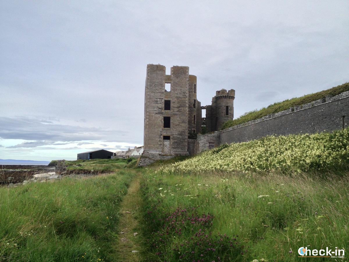 Thurso, alla fine della Scozia: le rovine del Castello