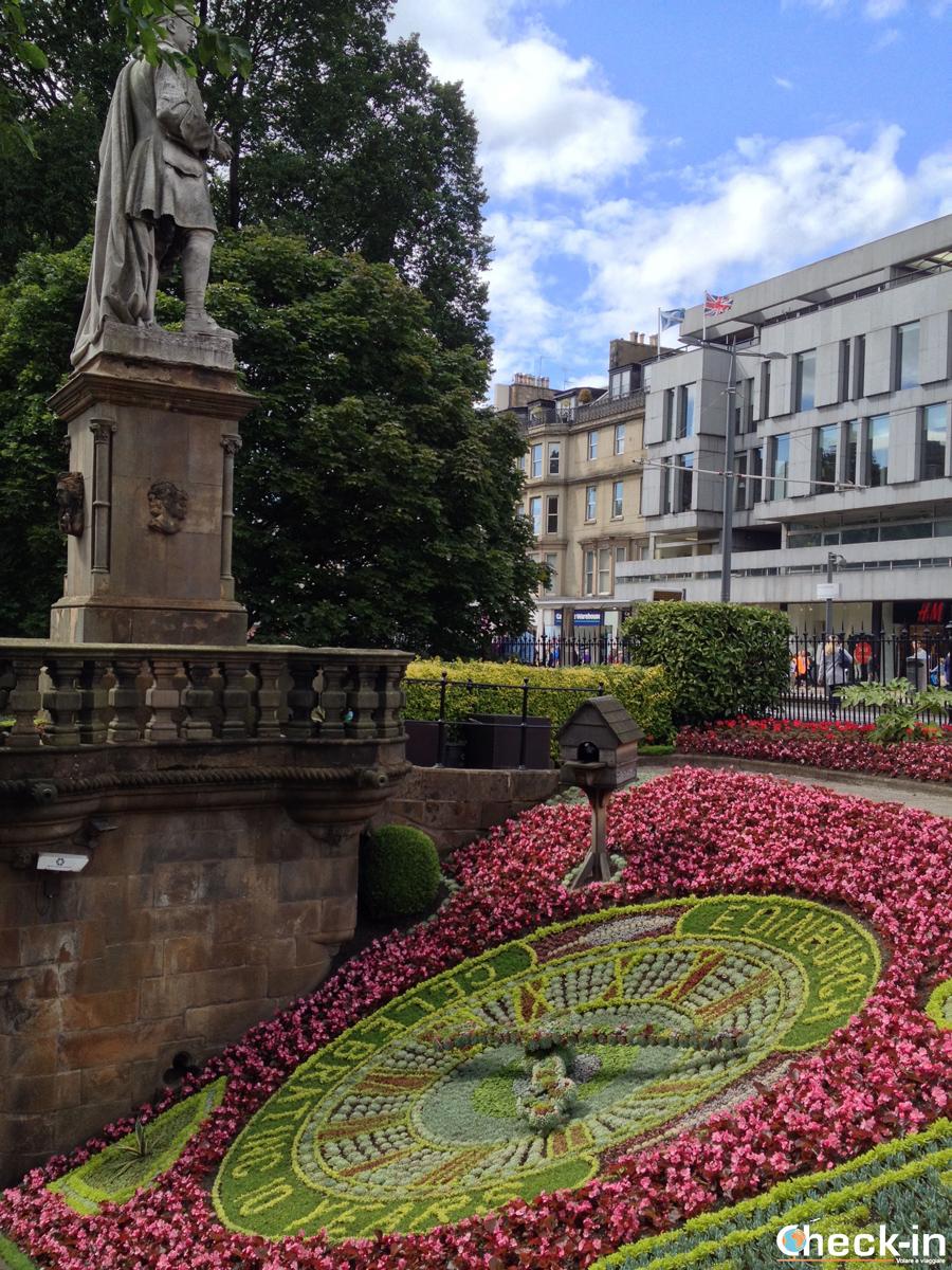 La New Town di Edimburgo: l'orologio floreale