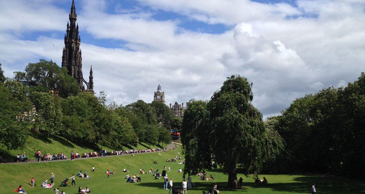 Edimburgo, cosa vedere nella New Town da Princes Street fino a Dean Village