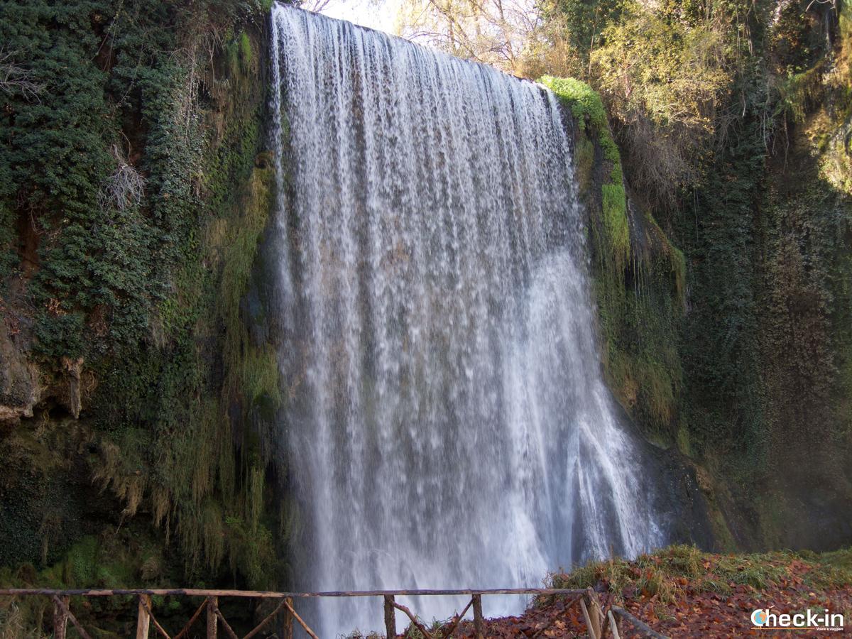 Parque del Monasterio de Piedra: la Cascada La Caprichosa - Aragona, Spagna del nord