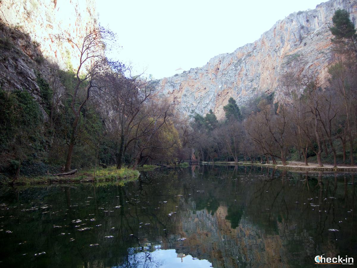Il Parque del Monasterio de Piedra: il lago del Espejo - Aragona, Spagna settentrionale