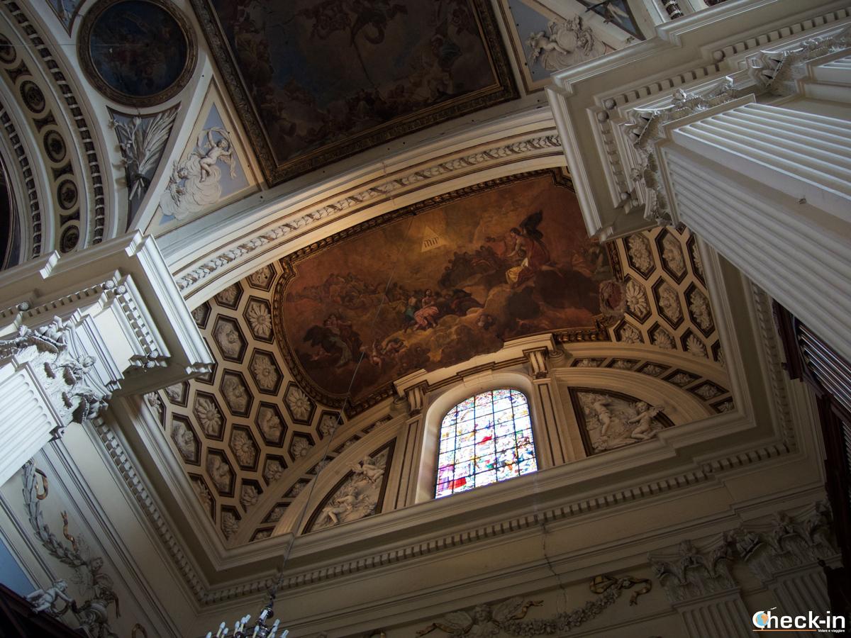 """Centro storico di Saragozza: la volta del """"Coro della Vergine"""" dipinta da Goya"""