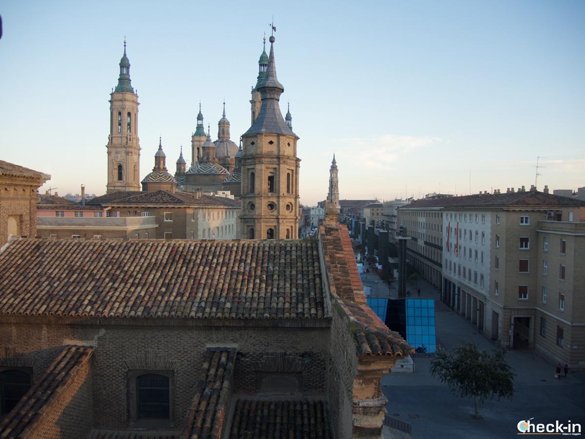 Centro storico di Saragozza: la Basilica del Pilar e la Piazza viste dal Torreón de la Zuda
