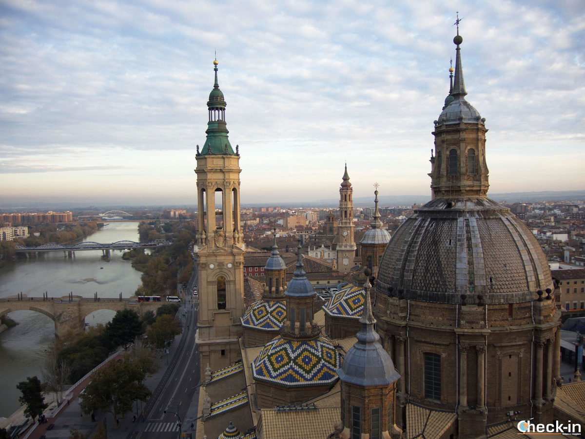 Cosa fare nel centro storico di Saragozza: salire sulla torre della Basilica di Nostra Signora del Pilar