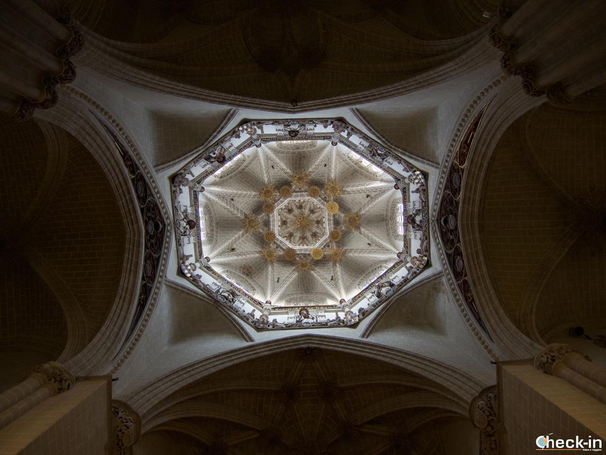 Centro storico di Saragozza: volta all'interno della Cattedrale del Salvador