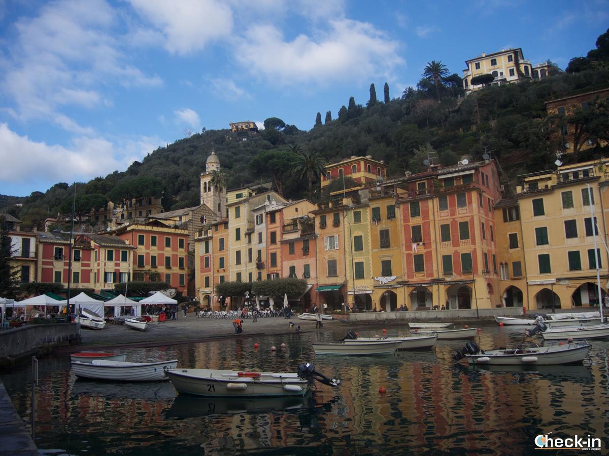 Passeggiata da Santa Margherita a Portofino: vista della suggestiva baia