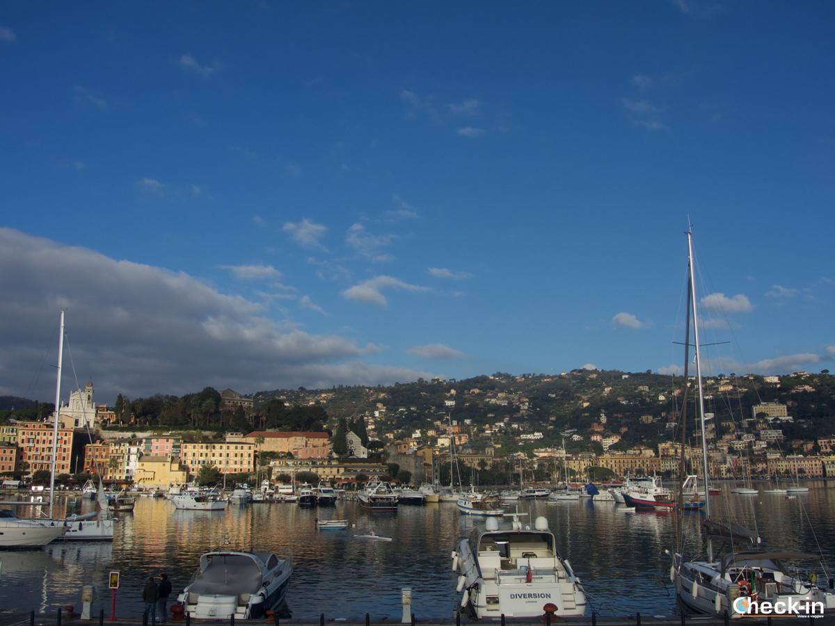 Passeggiata da Santa Margherita a Portofino: scorcio del porticciolo di Santa Margherita