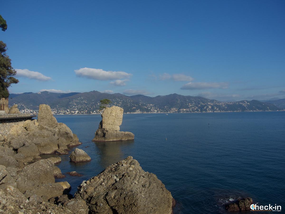 Passeggiata da Santa Margherita a Portofino: passerella vicino a Paraggi