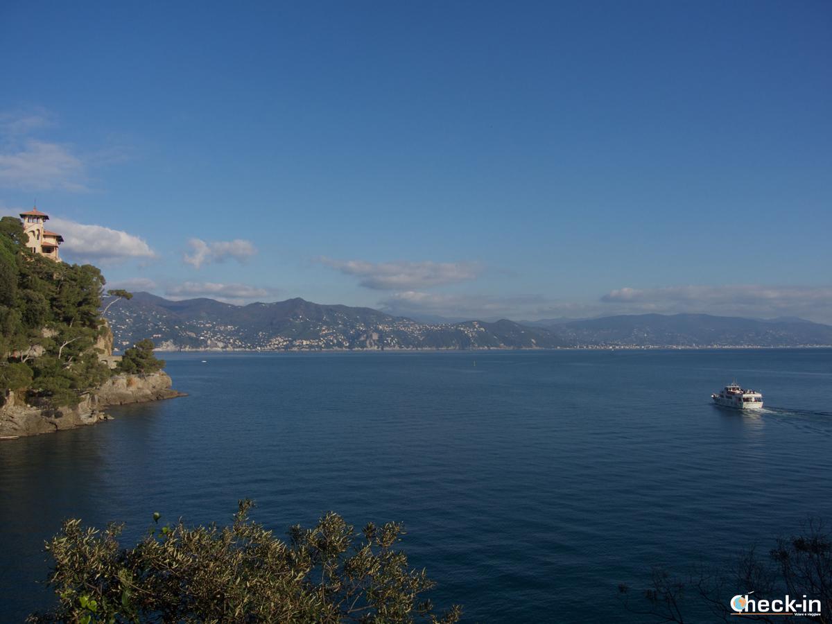 Passeggiata da Santa Margherita a Portofino: scorcio verso Paraggi