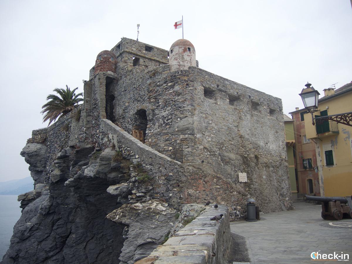 Passeggiata a Camogli: il Castello della Dragonara