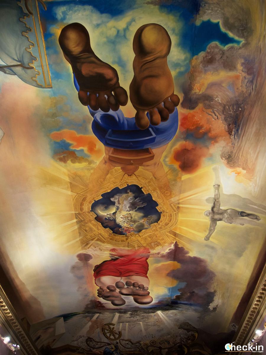 Museo Dalí di Figueres: il soffitto surrealista