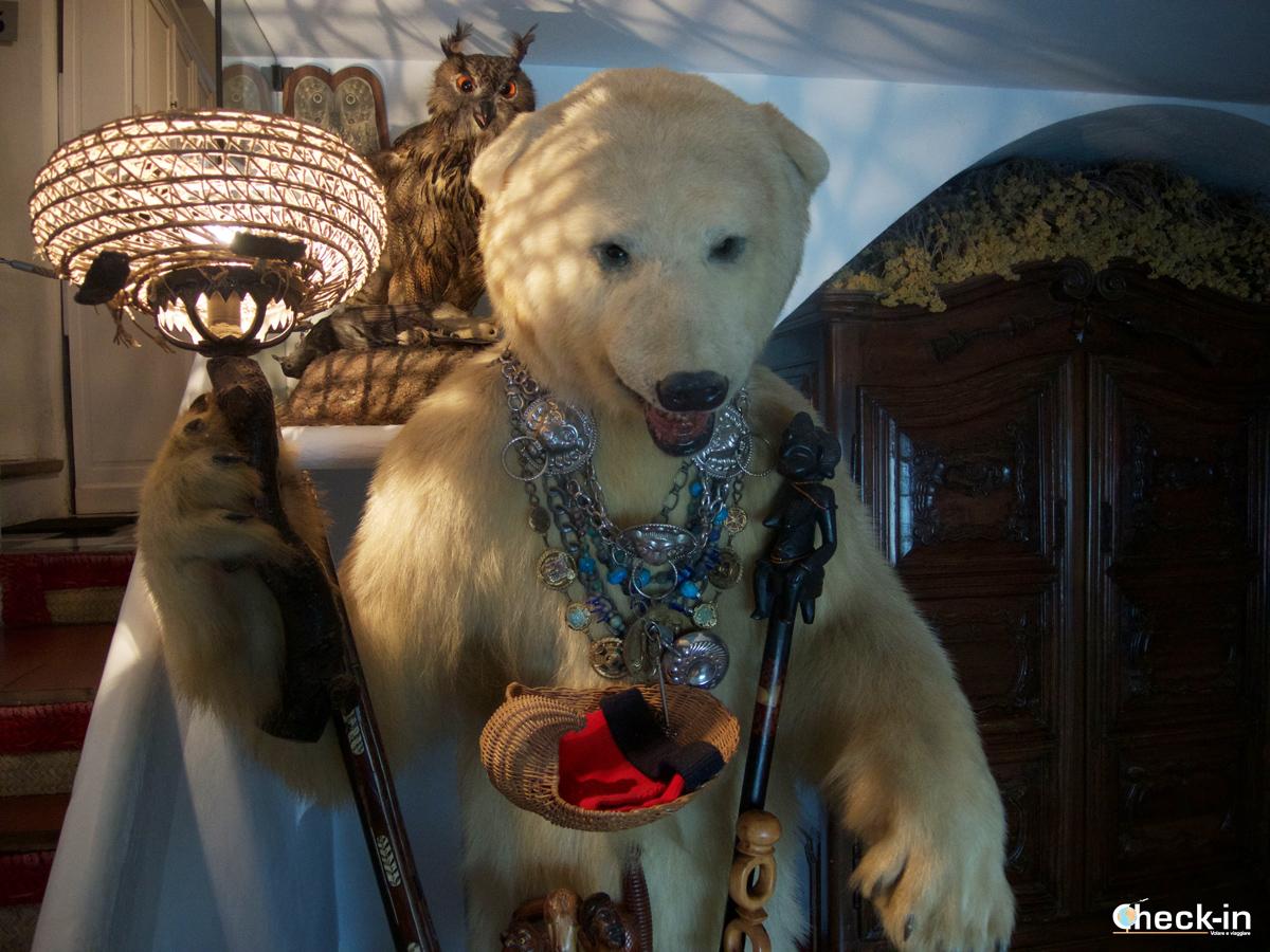 La casa di Dalí a Port Lligat: l'orso nell'atrio