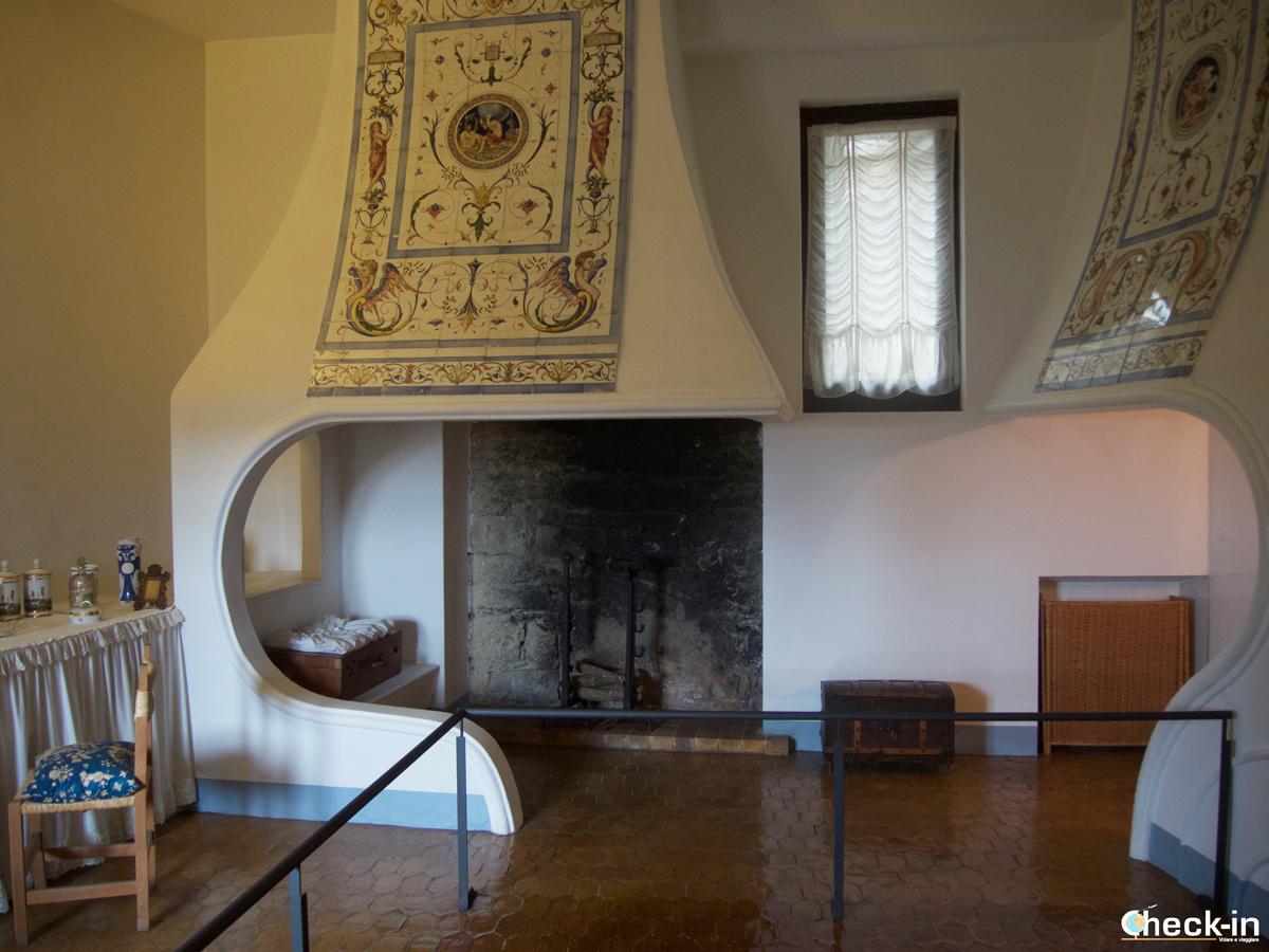 Castello di Gala-Dalí di Púbol: il camino ed il forno