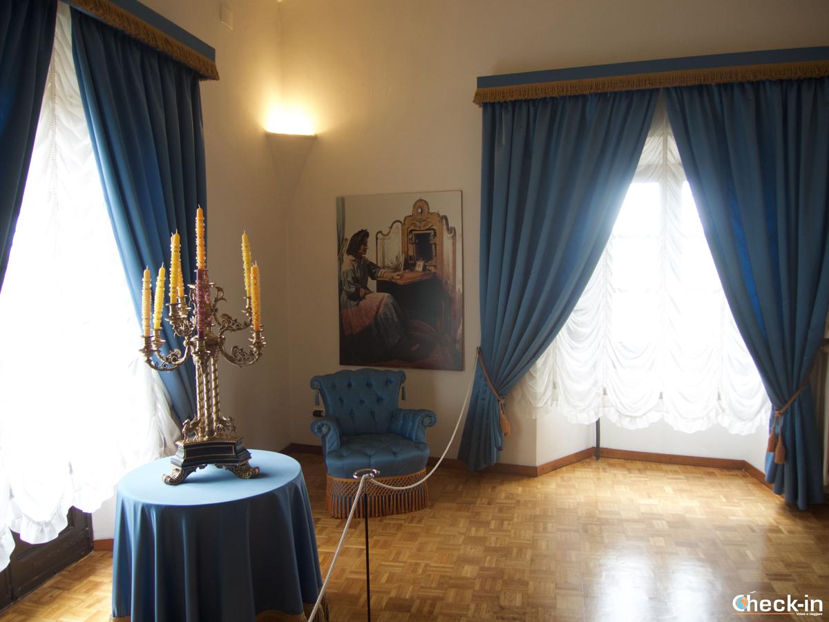 La camera di Gala nel Castello Gala-Dalí di Púbol