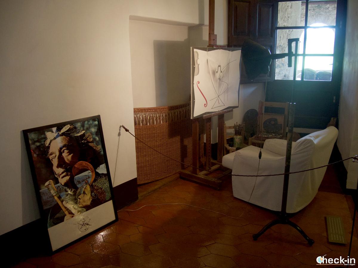 Lo studio daliniano nel Castello Gala-Dalí di Púbol