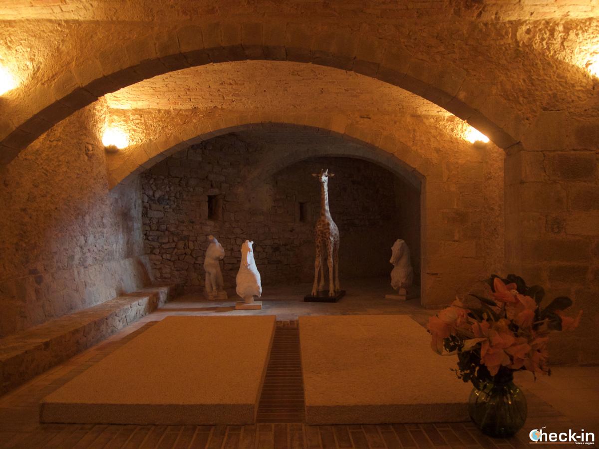 La tomba di Gala nel Castello Gala-Dalí di Púbol