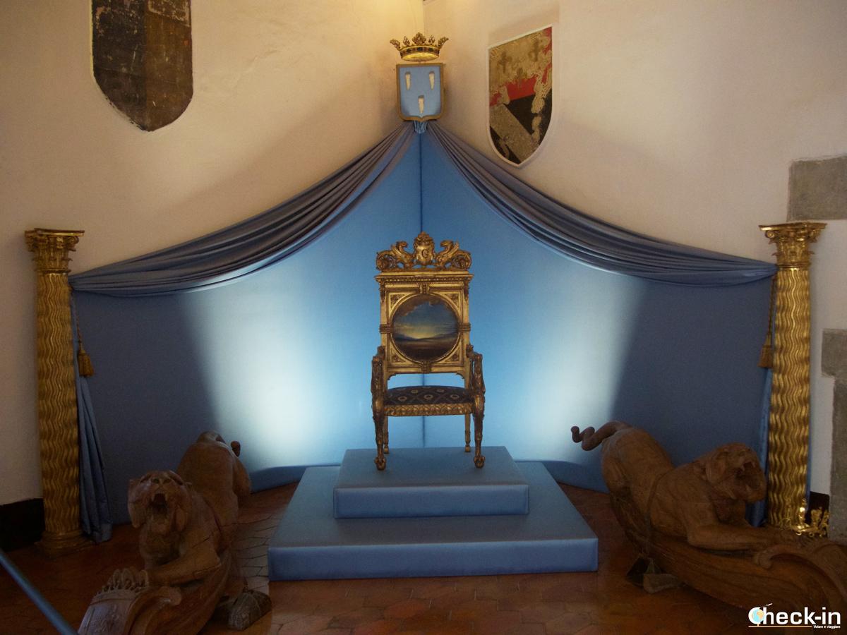La sala degli scudi del Castello Gala-Dalí di Púbol