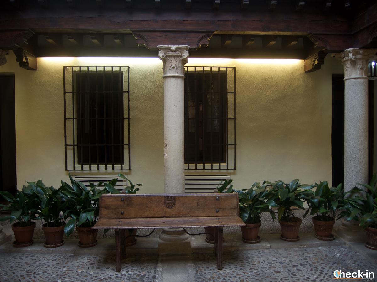 Ingresso della casa di Cervantes ad Alcalá de Henares