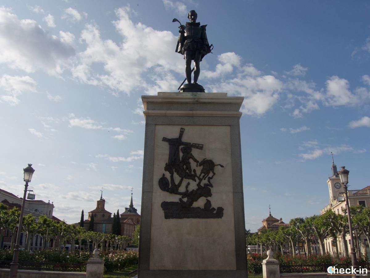 La statua di Cervantes ad Alcalá de Henares
