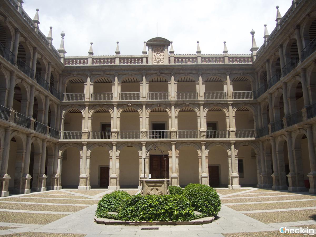 Patio dell'Università di Alcalá de Henares