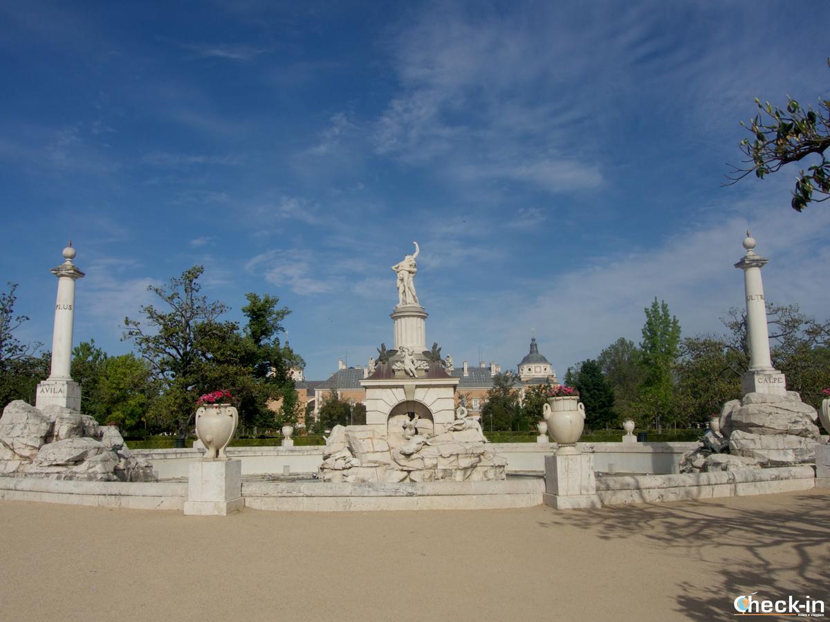 La fontana di Herculés y Anteo nel Jardín del Parterre di Aranjuez
