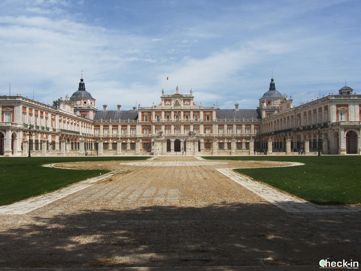 Il Palacio Real di Aranjuez visto da Plaza Elíptica