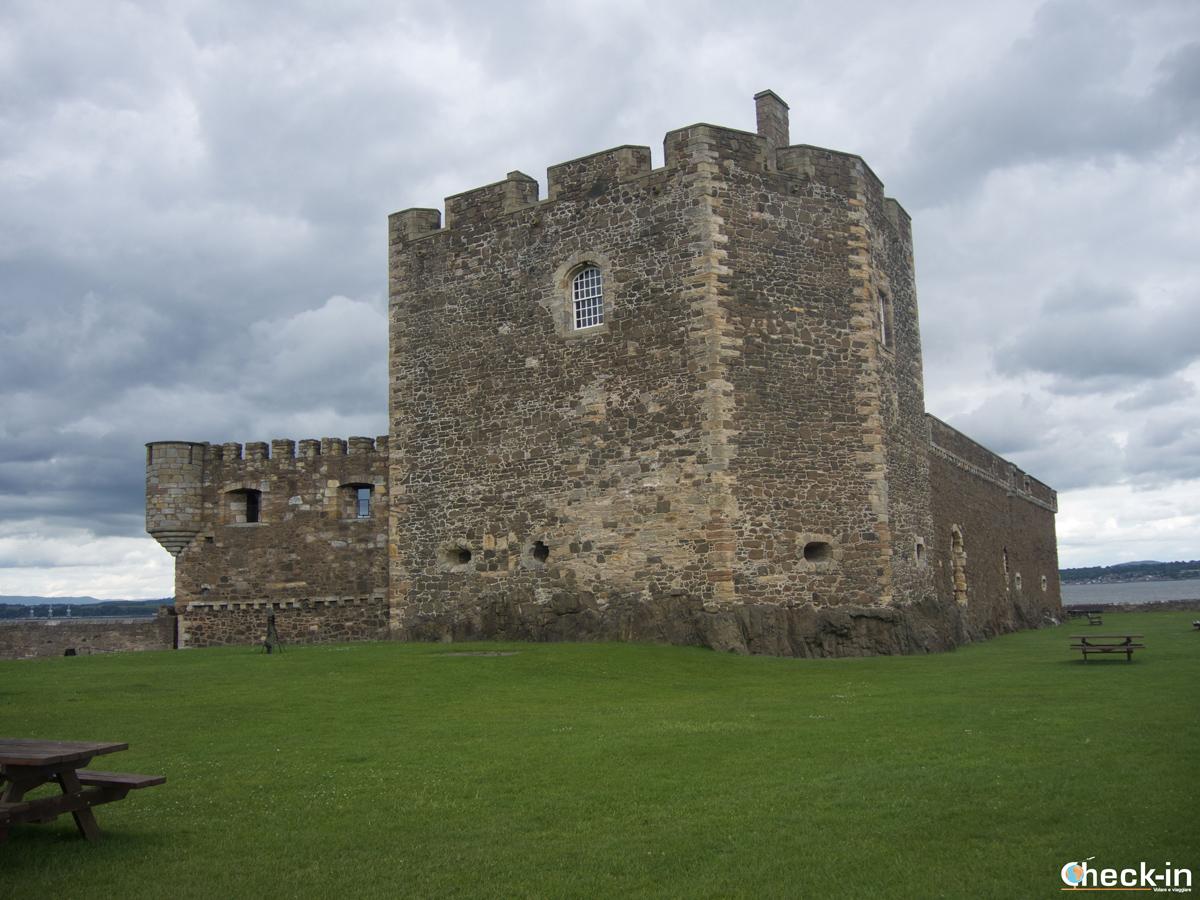 "Blackness Castle visto da ""poppa"""
