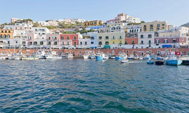 Vacanze sulle isole Pontine: cosa fare a Ponza e Ventotene