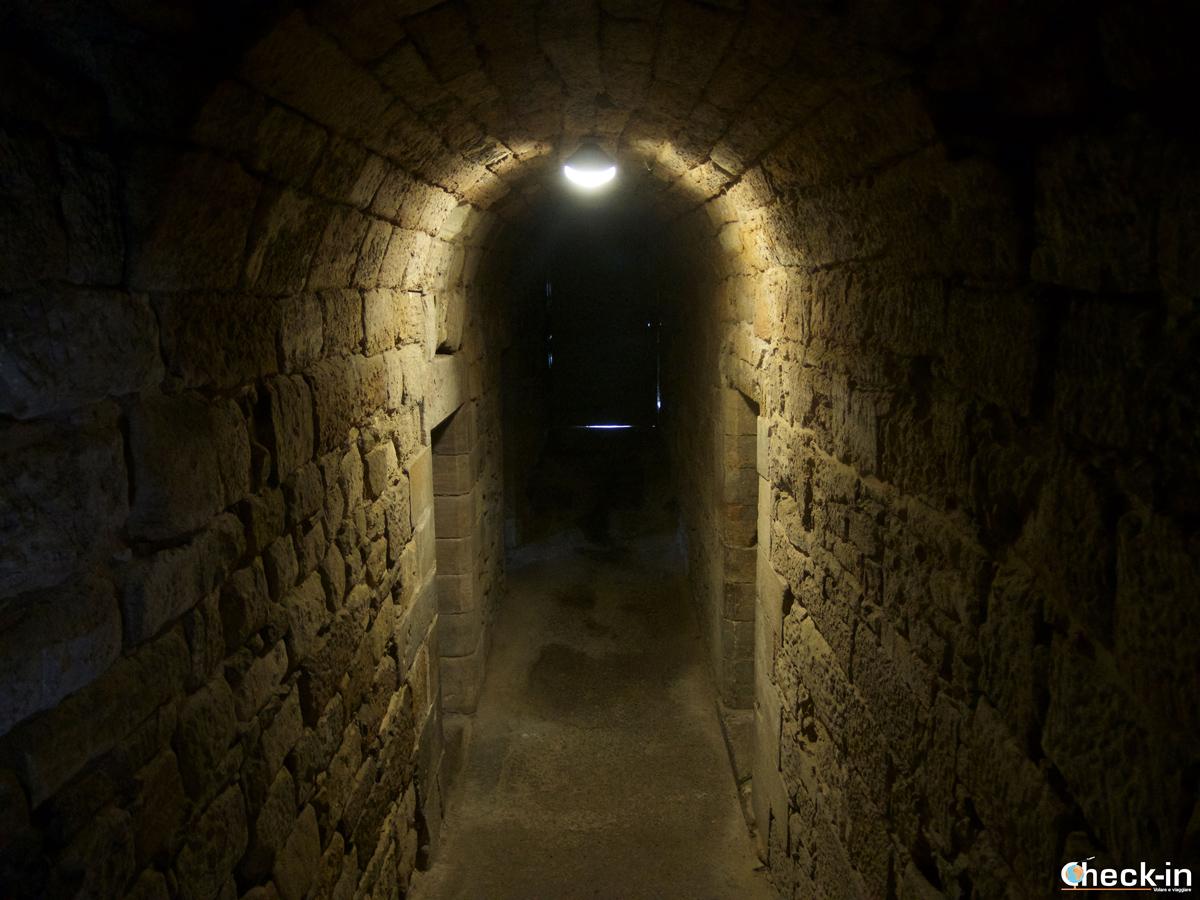 """L'ingresso della """"prigione di Wentworth"""" nel Linlithgow Palace"""