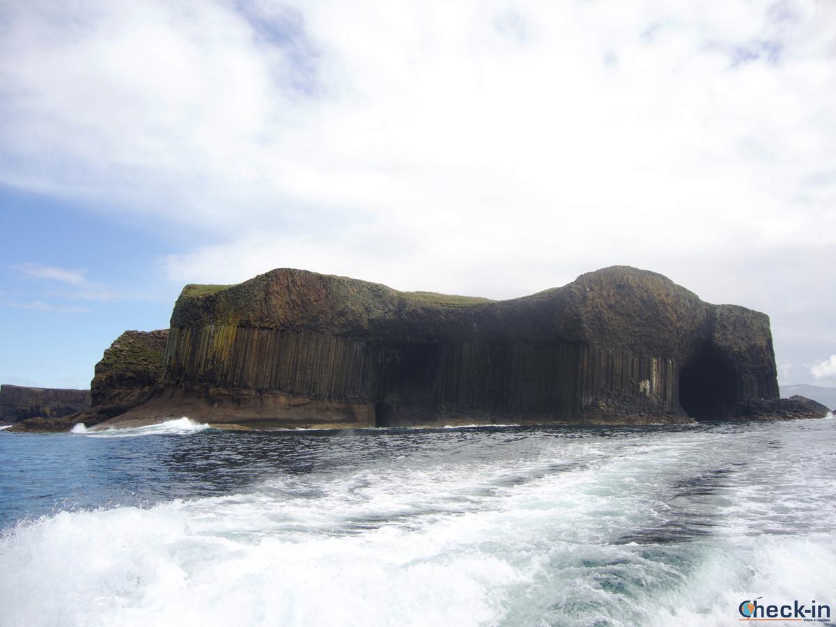 Tour delle isole Ebridi: la Fingal's Cave di Staffa